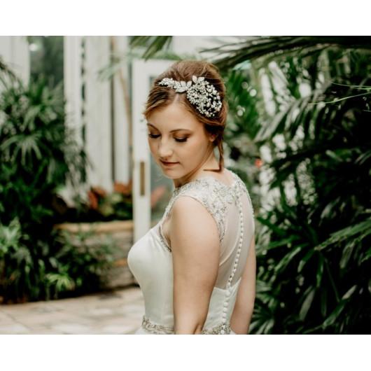 Peigne de mariée en dentelle perlée