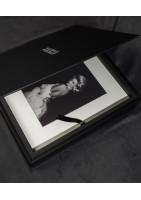 Livre photo avec papier grain sur passe partout et couverture cuir
