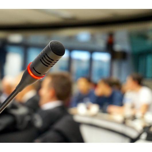 Konferenzen, Kolloquiums, und Seminare