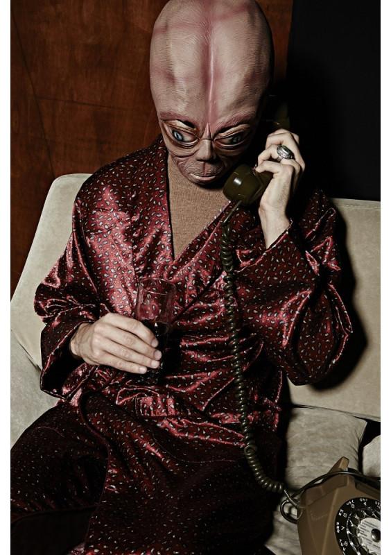 Robert phone home