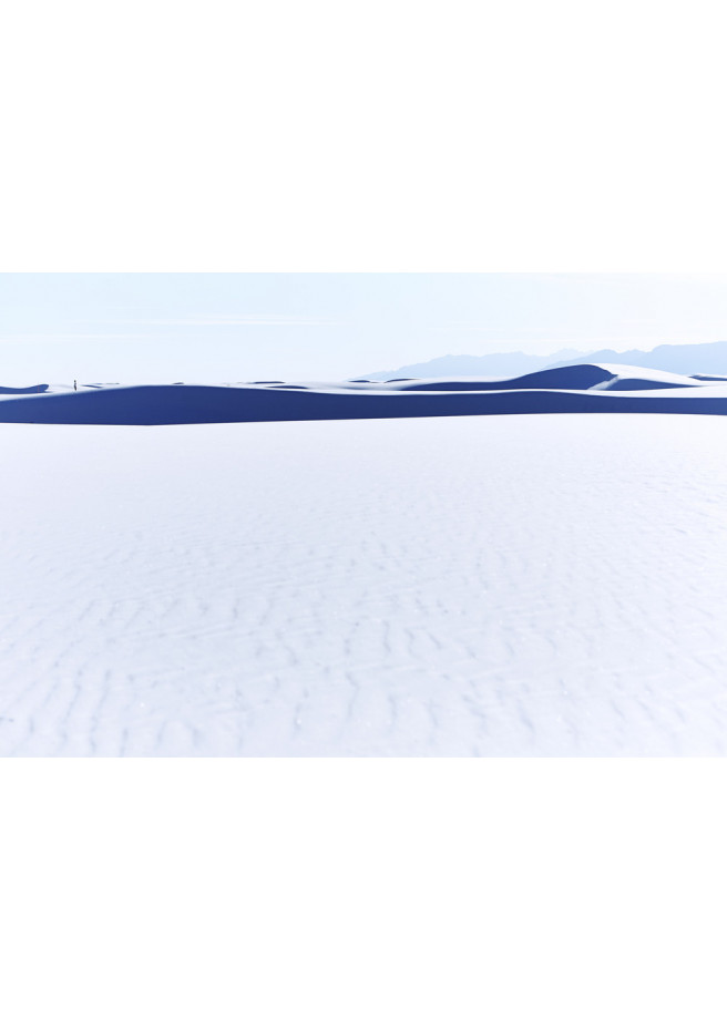 Contemplant l'infini de sables blancs, New Mexico