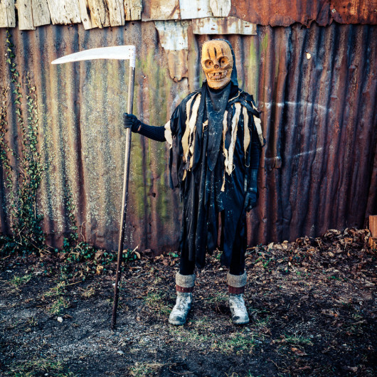 "Retour au Carnaval, ""Death on Corrugated Metal"""