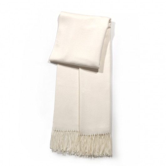 Big wool scarf with twisted fringes