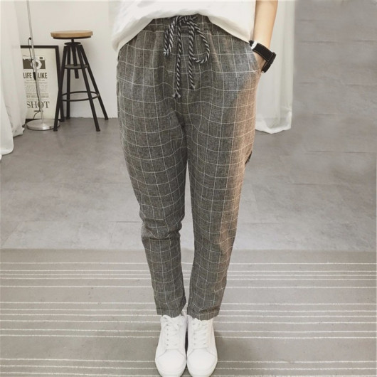 Squared grey pants with small lapel on hem