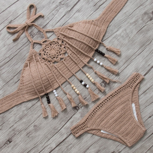 Two pieces bikini in attractive picked macramé, fringe with wooden pearls