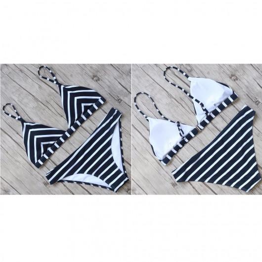 Two pieces bikini with stripes marinates
