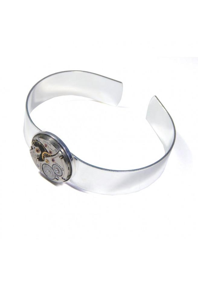 Bracelet avec ancien mouvement de montre suisse Cyma Tavannes avec 17 rubis