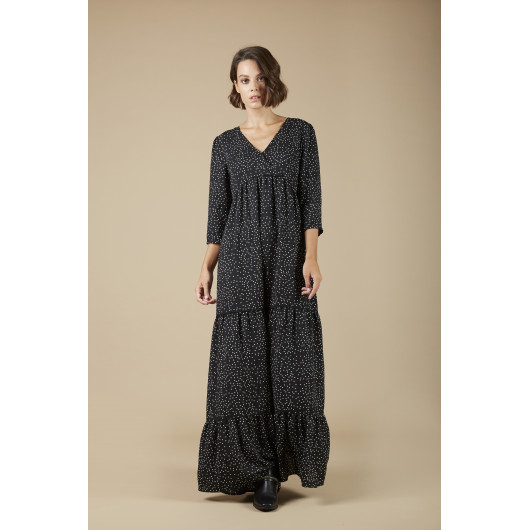 Adeline long dress printed point on black background