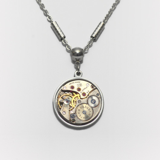Necklace with old Vertex® watch movement