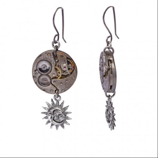 Boucles d'oreilles lune et soleil avec ancien mouvement de montre suisse des années 20