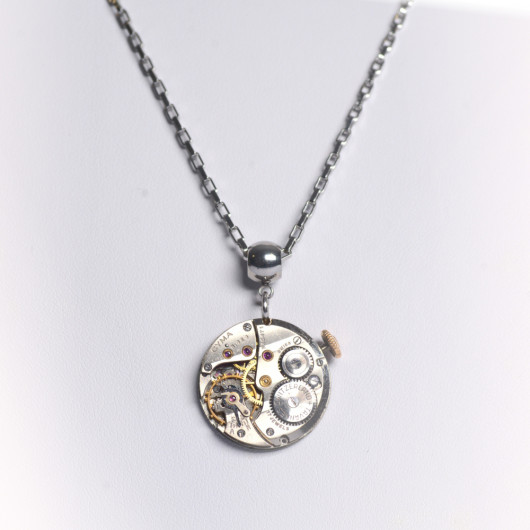 Necklace with Swiss old watch movement of Cyma®