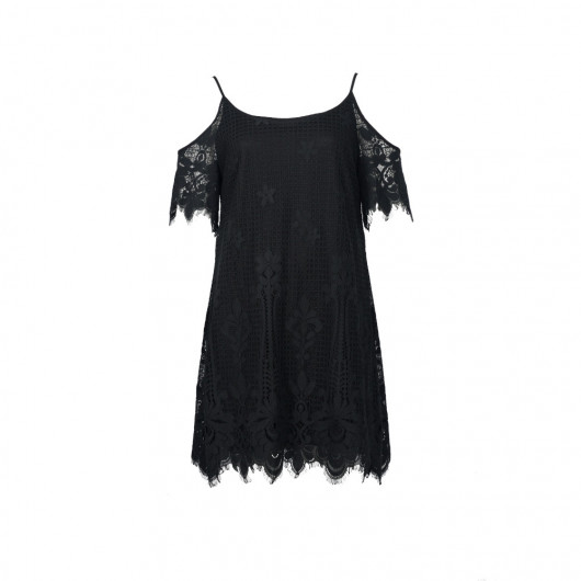 Small black dress in cotton lace